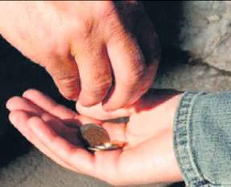 fakire para vermek