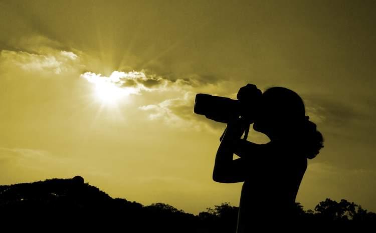 fotoğraf bakmak