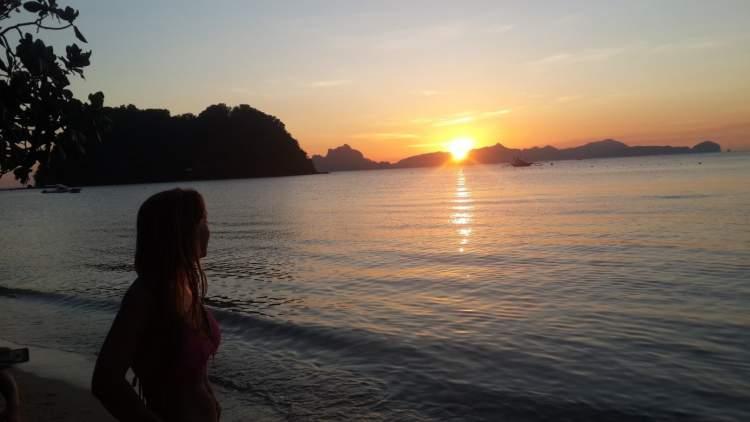 Rüyada Gece Denize Girmek