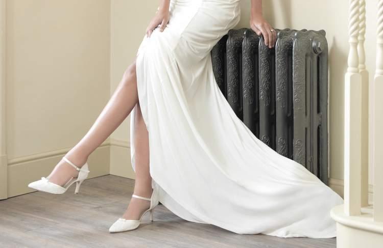 Rüyada Gelinlik Ayakkabısı Giymek