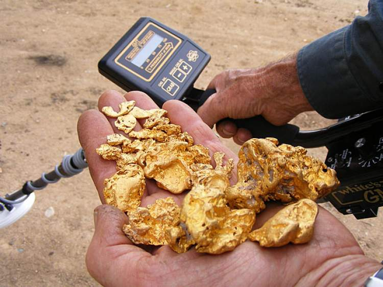 gömülü altın bulmak