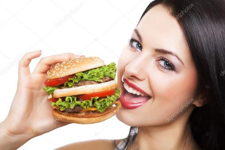 hamburger yemek