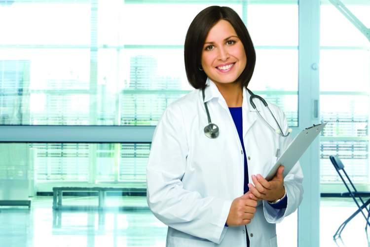 kadın doktor görmek