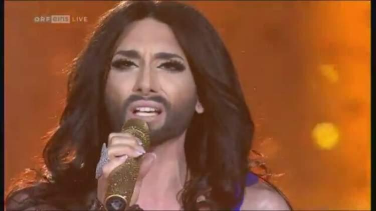 kadında sakal çıktığını görmek