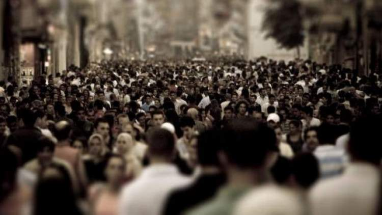 kalabalıktan kaçmak