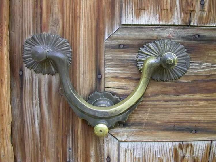 Rüyada Kapının Çaldığını Duymak