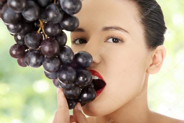 kara üzüm yemek