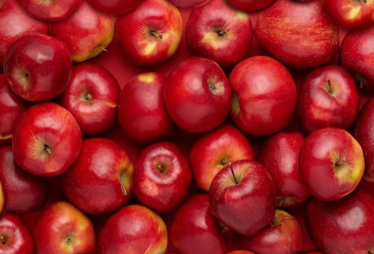 Rüyada Kırmızı Elma Yemek