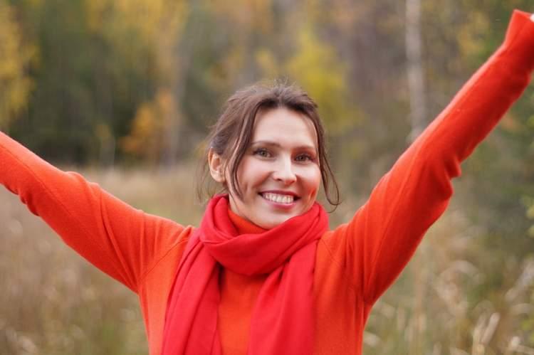 Rüyada Kırmızı Kazak Giydiğini Görmek