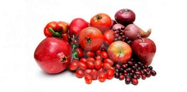 Rüyada Kırmızı Meyve Yemek