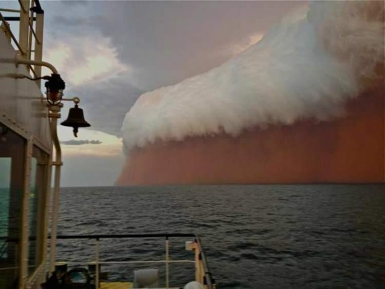 kum fırtınası görmek