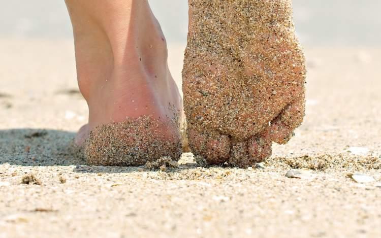 Rüyada Kumda Yürümek