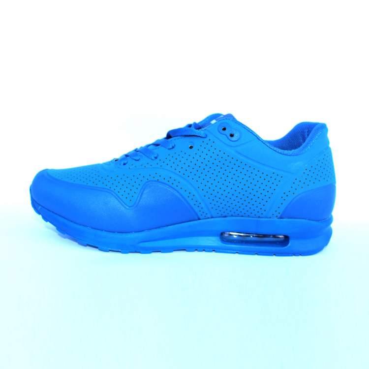 mavi ayakkabı görmek