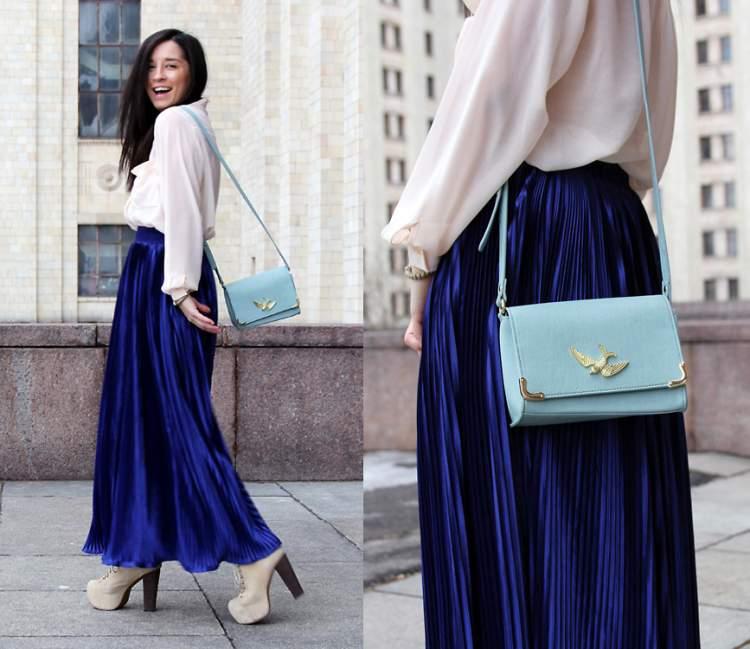 mavi etek giymek