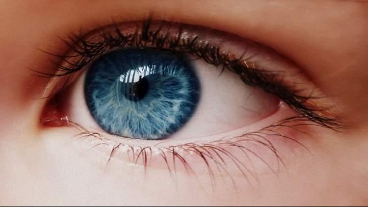 Rüyada Mavi Gözlü Olmak