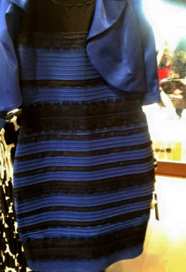 what color is the dress - 633×960