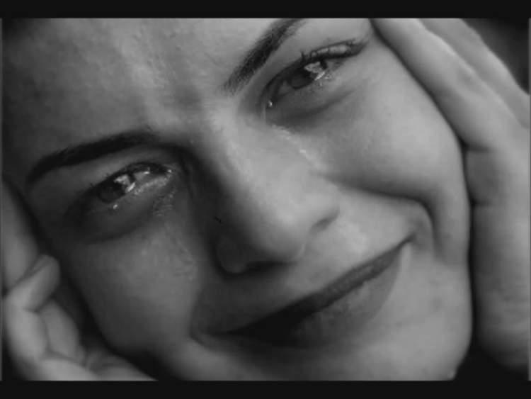 mutluluktan ağlamak