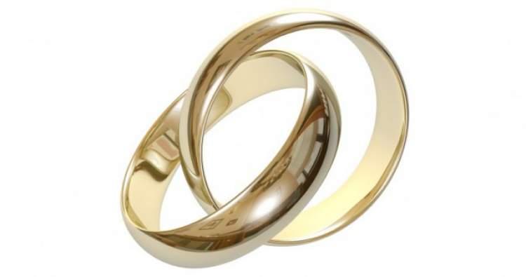 nişan yüzüğü atmak