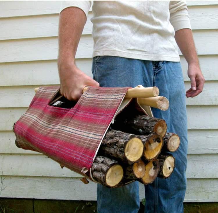 odun taşıdığını görmek