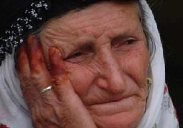 ölmüş annesini hasta görmek