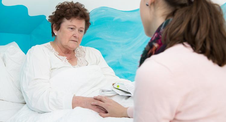 ölmüş anneyi hasta görmek