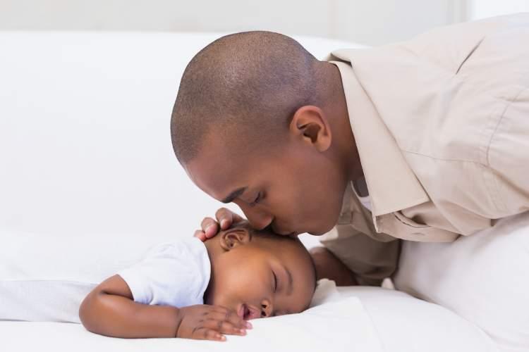 ölmüş erkek bebek görmek