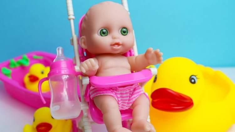 oyuncak bebek almak