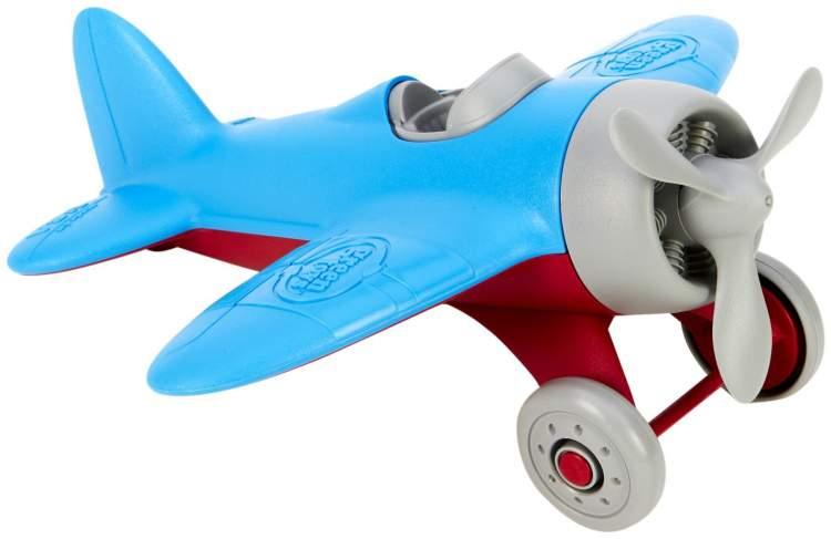 oyuncak uçak görmek