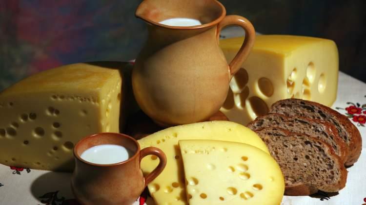 peynir ekmek görmek