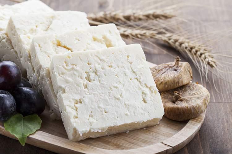 Rüyada Peynir Yemek