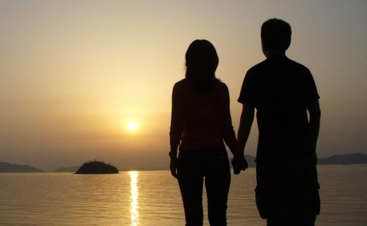 platonik aşık olduğun kişiyi görmek