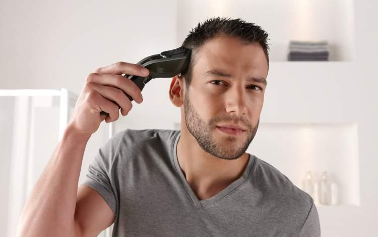 saç kesmek görmek