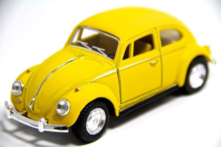 Rüyada Sarı Arabaya Binmek