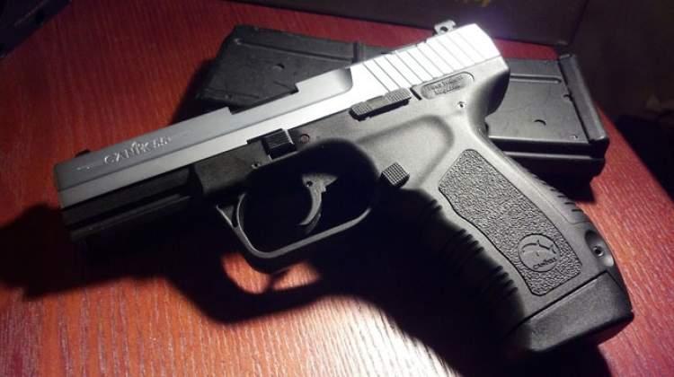 Rüyada Silahla Adam Öldürmek