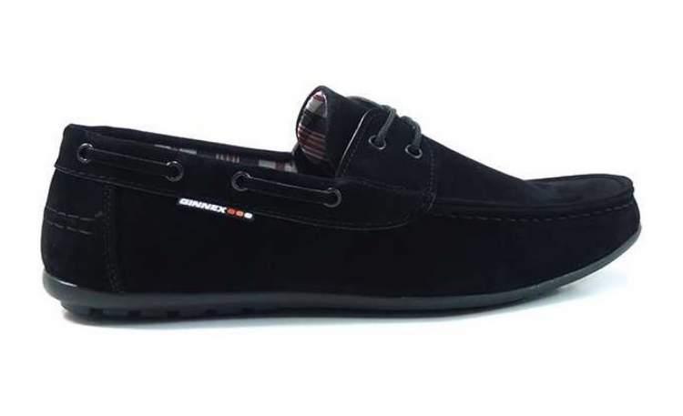 siyah erkek ayakkabı görmek