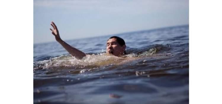 suda boğulmaktan kurtulmak
