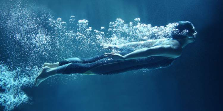 suyun içinde nefes almak