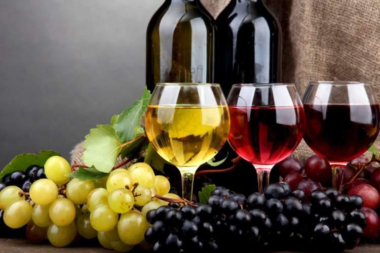 Rüyada Tatlı Şarap İçmek