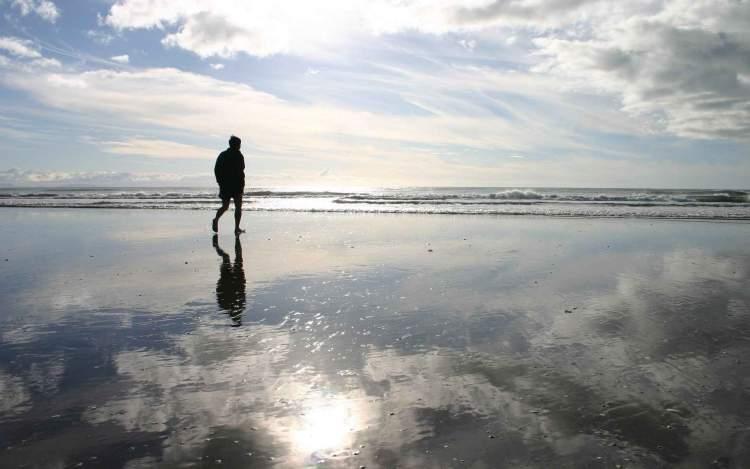 temiz suda yürümek