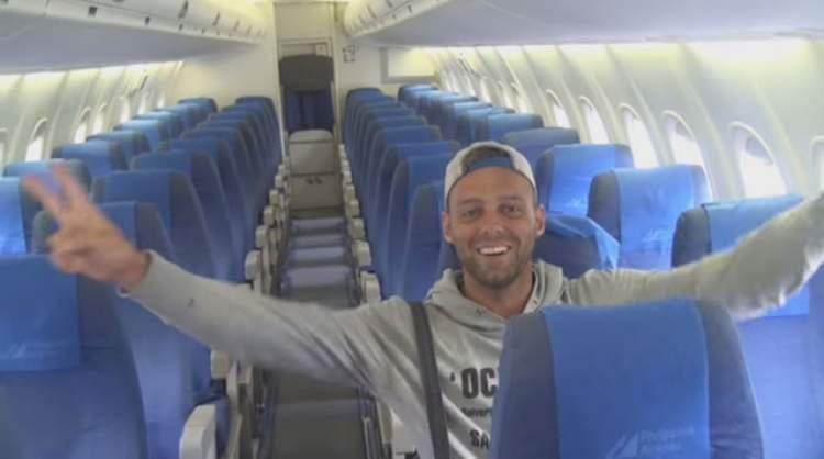 uçakta olmak