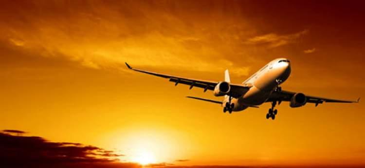uçakta uçmak