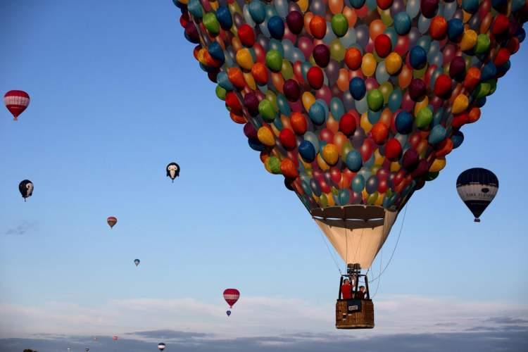 uçan balona binmek