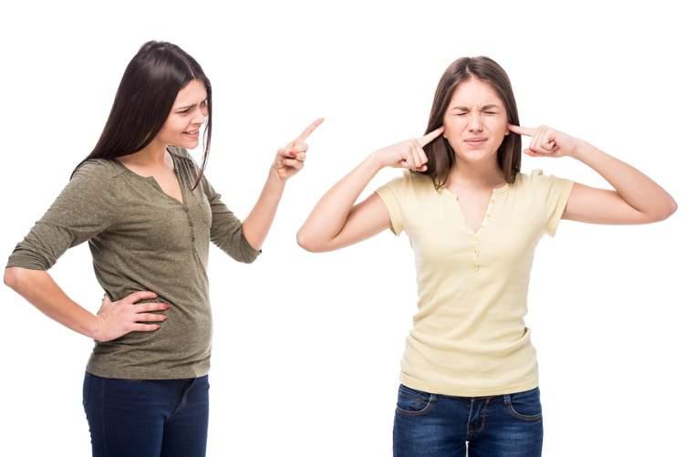 üvey anne ile kavga etmek