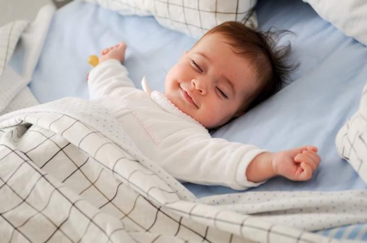uyuyan bebek görmek