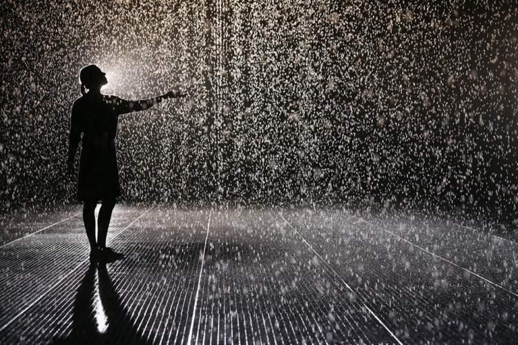 yağmurdan ıslanmak
