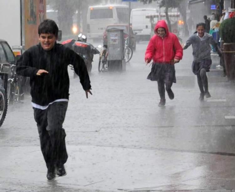 yağmurdan kaçmak