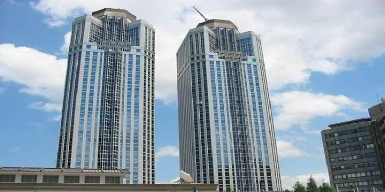 yüksek binaya çıkmak
