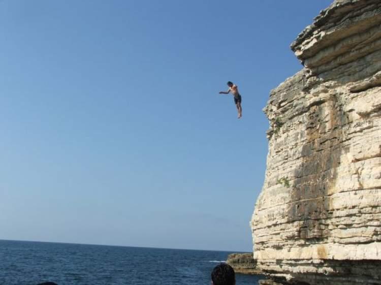 Rüyada Yüksekten Denize Düşmek