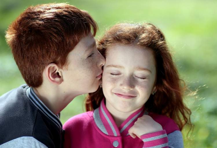 ablasını öpmek