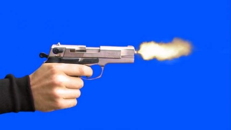 birinin silahla vurulduğunu görmek
